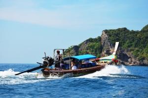 Longtail boat tour Phuket 1